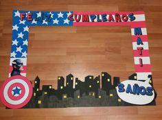Marco Selfie cumpleaños Capitán America Minion Birthday, Third Birthday, Party Frame, Captain America, Minions, Avengers, Lettering, Creative, Happy