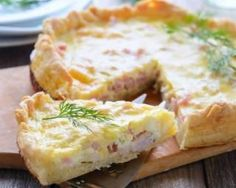 Quiche lorraine facile et légère au fromage frais 0% : http://www.fourchette-et-bikini.fr/recettes/recettes-minceur/quiche-lorraine-facile-et-legere-au-fromage-frais-0.html