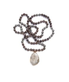 gold & gray jewelry Knotted Gray Wood & Druzy Necklace