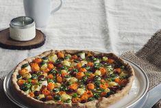 Die Gemüse Tarte ist nicht nur ein Hingucker fürs Auge, sondern auch noch super gesund! Vegetable Pizza, Quiche, Food Ideas, Dishes, Vegetables, Breakfast, Eye, Healthy, Recipes