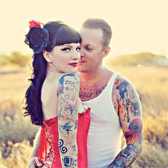 This Rockabilly couple and their pin-up themed engagement shoot are complete eye candy! Their vintage car was the icing on the cake.