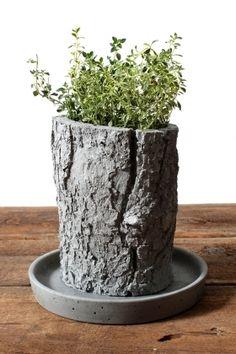 Concrete planter. Visit NuConcrete.com for all Concrete_Design & Installation.