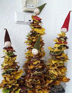 Autumn Crafts, Fall Crafts For Kids, Nature Crafts, Art For Kids, Diy And Crafts, Autumn Activities, Craft Activities, Preschool Crafts, Felt Christmas Decorations