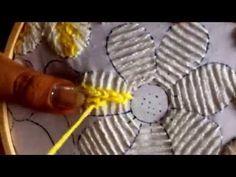 21.-puntada fantasía para flor de la borreguita - YouTube
