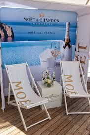 MOET ICE IMPERIAL event的圖片搜尋結果 Moet Chandon, Outdoor Chairs, Outdoor Furniture, Outdoor Decor, Sun Lounger, Champagne, Happy Birthday, Grey Goose, Activities
