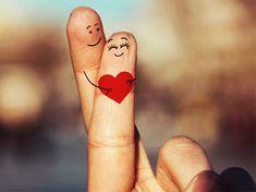 """Wie oft verliebt man sich im Leben? Sozialpsychologen gehen von exakt drei """"wahren Lieben"""" aus - und jede lehrt uns etwas anderes. Eine"""