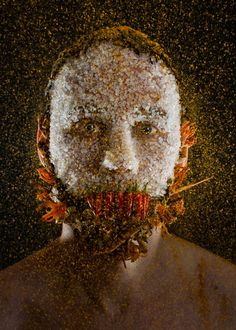 MENU is a new photo series by photographer Robert Harrison and chef Robbie Postma, a duo who decided to combine food and portrait photography in a strange Bizarre Photos, Strange Photos, Face Photo, Le Chef, Photo Series, Face Art, Creepy, Portrait Photography, Food Project