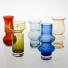 Glass Design, Design Art, Red Glass, Glass Art, Vintage Colors, Retro Vintage, Mason Jar Wine Glass, New Pins, Aladdin