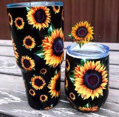 Wendy's sunflower wine tumbler or 30 oz big tumbler – Mavictoria Designs Diy Tumblers, Custom Tumblers, Glitter Tumblers, Personalized Tumblers, Vaso Yeti, Tassen Design, Tumblr Cup, Custom Cups, Yeti Cup