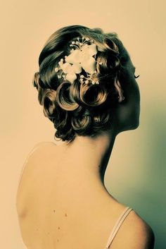 Pin-up hair, would be great for formal occassions or bridal hair