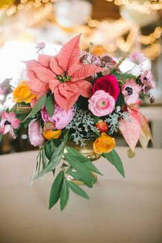 eclectic floral arrangement // photo by Nathan Russell // flowers by the Byrd Collective