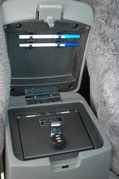 The best in vehicle safety for Nissan Xterra is here! Get drill-resistant console safes with bank vault level security boasts a triple guard lock system to stay closed. Nissan Frontier 2005, Navara D40, Nissan Trucks, Kombi Home, Nissan Xterra, Honda Element, Nissan Patrol, Nissan Titan, Nissan Pathfinder