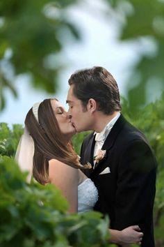 Chuck and Blair <3 wedding kiss gossip girl