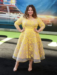 "Melissa McCarthy on what it's like to not be a sample size in a sample-size world.   Not even for THE OSCARS? SMDH. ""I couldn't find anybody to do a dress for me,"" she said to Redbook. ""I asked five or six designers—very high-level ones who make lots of dresses for people—and they all said no."" Guess they just don't want those placements badly enough, hmmph."