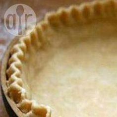 Massa podre para tortas - Essa massa podre pode ser usada tanto com tortas doces quanto tortas salgadas.