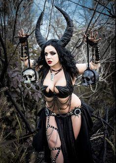 Hot Tattoos, Girl Tattoos, Alexandra Potter, Hot Tattoo Girls, Tattooed Girls, Hot Goth Girls, Gothic Tattoo, Pastel Goth Fashion, Vampire Art