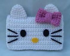 Resultado de imagem para cartuchera a crochet Crochet Pencil Case, Crochet Case, Crochet Clutch, Crochet Girls, Crochet Purses, Crochet Toys, Crochet Stitches, Crochet Phone Cover, Hello Kitty Crochet