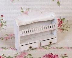 Miniaturowa półka łazienkowa skala 1:12 - handmade w Mini Crafts na DaWanda.com