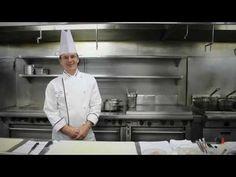 Mario Gagnon du Hilton Québec nous dévoile ce qu'il prépare pour le souper gastronomique du 24 mai 2013 en compagnie du président d'honneur, Daniel A. Denis. Pour acheter vos billets, c'est par ici : http://soupercxrougeqc.eventbrite.ca/  Capsule réalisée par Bruno Giguère de BG Films!