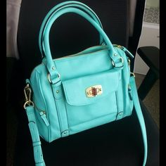 95154068044b Merona Purse Merona brand (  Target) bright turquoise bag with gold  details. This