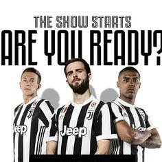 Inizia una nuova stagione , corri ad aquistare la maglia ufficiale. Supporta i nostri campioni. 3 Divise 1 Obiettivo V I N C E R E ⚽⚪⚫ #adidas #Jeep #blackandwhiteandmore
