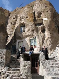 If there are places that seem fictional, one of them could be Kandovan, an ancient city located near Osku and Tabriz, Iran. Its main attraction lies in its houses carved into large stones for over 3000 years and still inhabited.