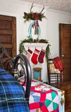 Vintage Christmas bedroom with a beautiful mix of plaids ♥