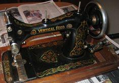 Davis Vertical Feed. http://www.quiltingboard.com/attachments/vintage-antique-machine-enthusiasts-f22/212637d1308182400-attachment-212631.jpe