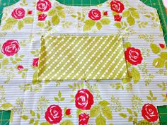 Fold and Go Market Bag - The Ribbon Retreat Blog Bag Pattern Free, Bag Patterns To Sew, Sewing Patterns, Reusable Shopping Bags, Reusable Bags, Sewing Tutorials, Sewing Projects, Ribbon Retreat, Market Bag