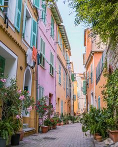 Places To Travel, Places To Visit, Road Trip, Juan Les Pins, Villefranche Sur Mer, Valensole, French Street, Ville France, French Countryside