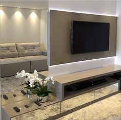 Tv Wall Design, Hall Design, House Design, Small Rooms, Small Apartments, Painel Tv Sala Grande, Home Living Room, Living Room Decor, Modern Tv Wall Units