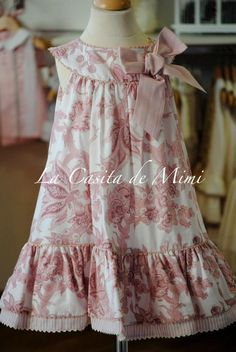 Could make this from CC Mamie Little Dresses, Little Girl Dresses, Cute Dresses, Girls Dresses, Little Girl Fashion, Kids Fashion, Baby Sewing, Kind Mode, Dress Patterns