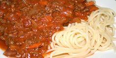 En kødsauce med karakter. Anvend den f.eks. i lasagne eller på spaghetti. Lav gerne dobbeltportion og frys noget ned - så kan aftensmaden aldrig gå helt galt.
