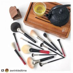 #Repost @awrinkledtime (@get_repost)  Doing makeup has been more fun than ever with these new tools from Hakuhodo . All thanks to @fudejapan that I'm able to score these brushes . . . #experimentingwithnewbrushes #funwithmakeupbrushes #makeupchat #makeupplaytime #playtimewithmakeupbrushes #playtimewithmakeup #makeupbrushes #hakuhodo #hakuhodosg #hakuhodobrushes #白鳳堂 #筆 #ふで #メイクアップブラシ #fudejapan #madeinjapan