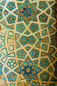 Colors like this in sitting bench.  Soltaniyeh Mausoleum, Iran