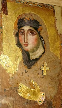 Originally from Constantinople, this century icon is currently kept at the Santa Maria del Rosario a Monte Mario in Rome Christian Paintings, Christian Artwork, Images Of Mary, Old Images, Byzantine Icons, Byzantine Art, Religious Icons, Religious Art, Fra Angelico