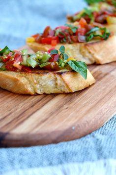 Basil Leaves, Ciabatta, Tomato Bruschetta, Italian Bread, Heirloom Tomatoes, Garlic, Fox, Cooking, Fresh
