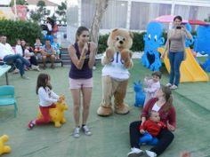 Lulu si diverte a giocare con i bimbi