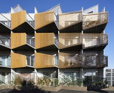 Shortlisted for a prestigious retrofit award ARCHICAD users alma-nac transform Paxton House from a derelict building to a sustainable block of flats. Social Housing Architecture, Architecture Today, Facade Architecture, Paxton House, Derelict Buildings, Hotel Concept, Balcony Design, Facade Design, Facade House
