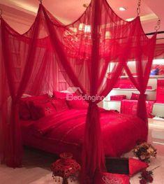 #romanticBedroom