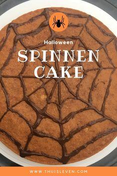 Halloween spinnen cake Halloween, Food, Hand Spinning, Meal, Essen, Hoods, Halloween Labels, Meals, Eten