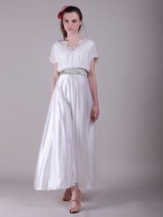 Button Detailed Bodice Long Vintage Wedding Dress with Sash
