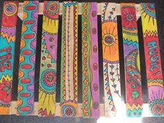 Cool 41 Colorful Peace Poles Design Ideas For Your Garden. Peace Pole, Garden Poles, Pole Art, Fence Art, Painted Sticks, Outdoor Art, Garden Crafts, Art Plastique, Yard Art