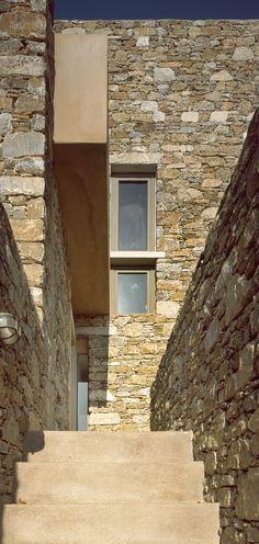Gallery of Syros House / Myrto Miliou - 10
