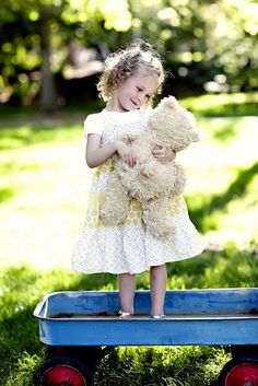 We had each of the girls bring their favorite stuffed animal to the photo shoot.  This teddy bear has been with Maisy for most of her life...even with her in the ER when she broke her leg.  The nurses wrapped his stuffed leg first to show her what it would be like for her...loved this shot!