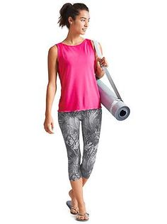 What's New: Looks We Love | Athleta Workout Clothes for Women #yoga #athleta http://www.FitnessApparelExpress.com