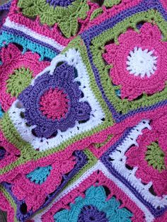 Project Gallery for Willow square afghan (link topattern) by Jan Eaton