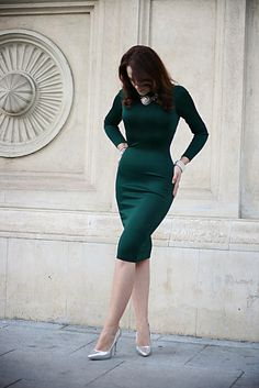 Green Midi Dress, Dress Up, Bodycon Dress, Maxi Skirts, Work Outfits, Passion For Fashion, Nice Dresses, Stylish, Chic