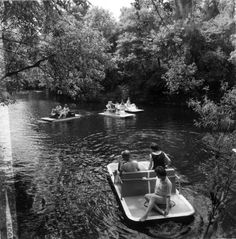 Boaters on the river at Hillsborough River State Park in Thonotosassa. | Florida Memory