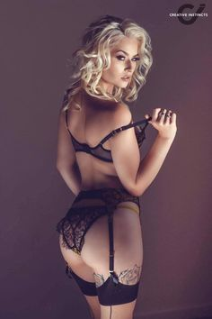 Romanie Smith Photo: Creative Instincts Photography Lingerie: Agent Provocateur